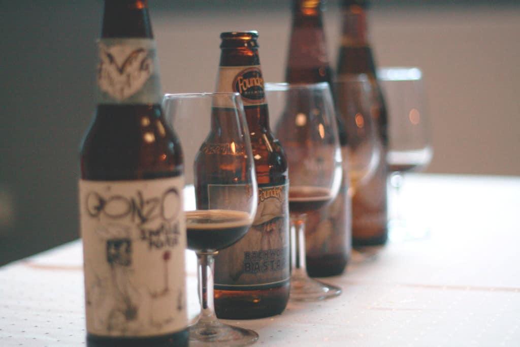 Klassisk Ölprovning med fem olika ölsorter