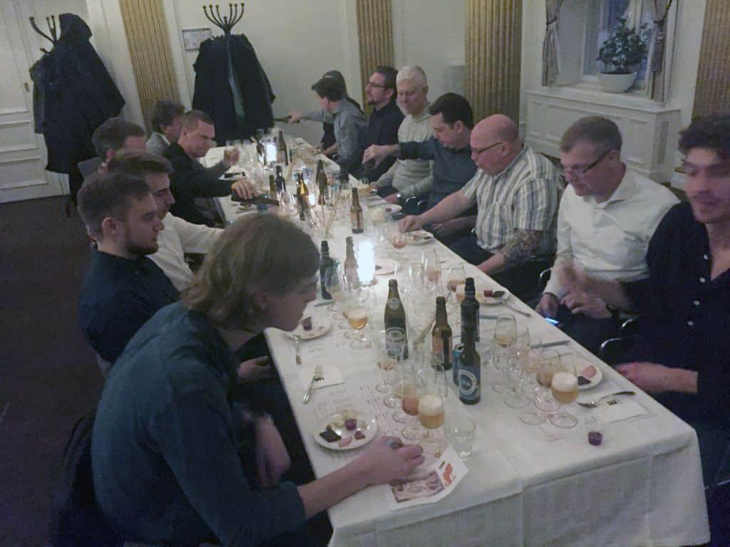 En god och glad ölprovning på grand hotell i Gävle