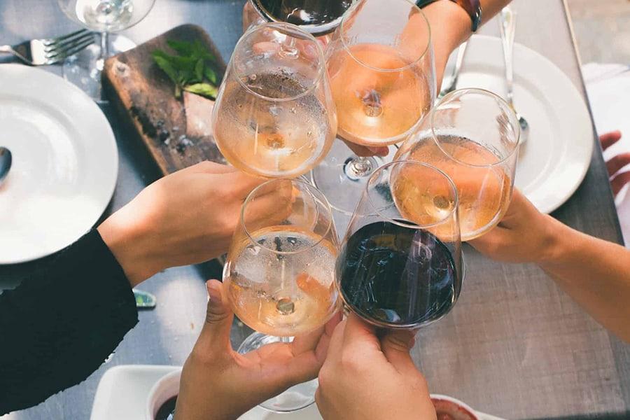 Vi provar de bästa mousserande vinerna 2018 och korar en vinnare