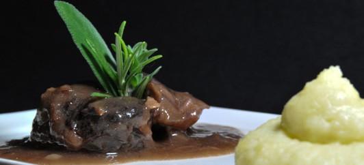 mat recept Amarone bräserad kött med polenta